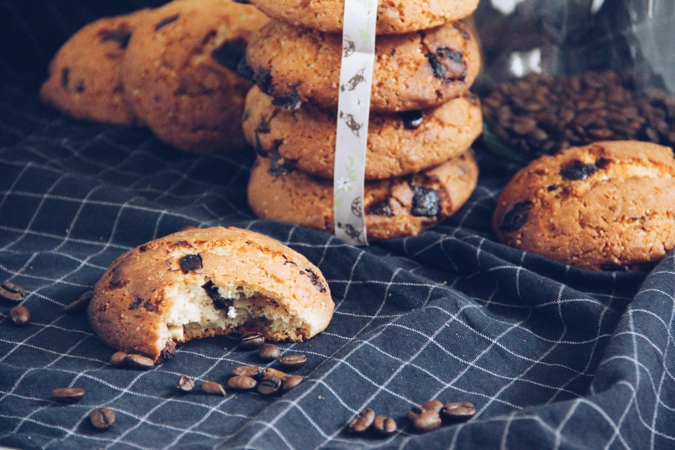 Cookies mit Kaffeebohnen bei Hotel Scheuble